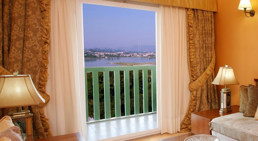 Hotel Ariti  4* (Corfu)