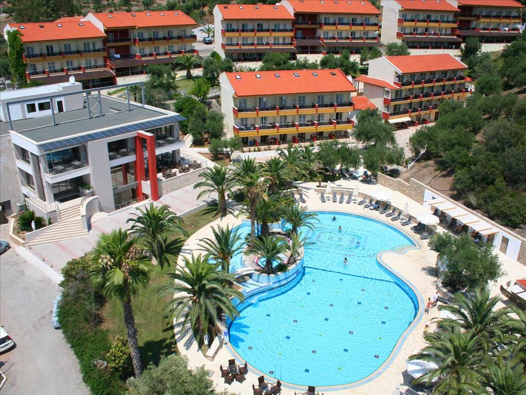 LAGOMANDRA HOTEL & SPA 4* LAGOMANDRA
