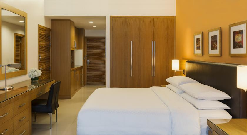 Four Points By Sheraton - Downtown Dubai 4* (DUBAI )